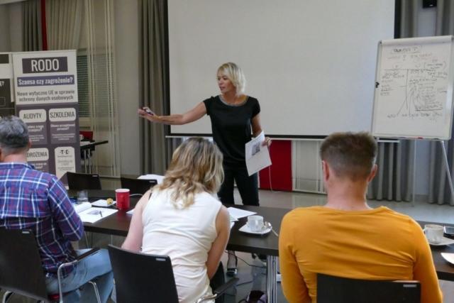 official_eleganse_strona_szkolenia_marta_debowiec_3_020